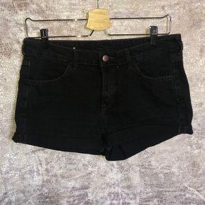H&M Black Shorts.